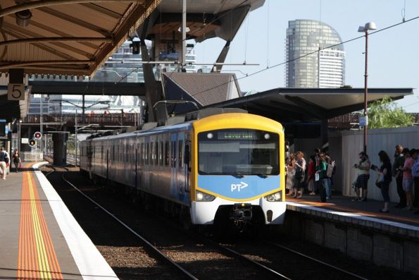 Siemens train arrives into North Melbourne with a down Laverton service