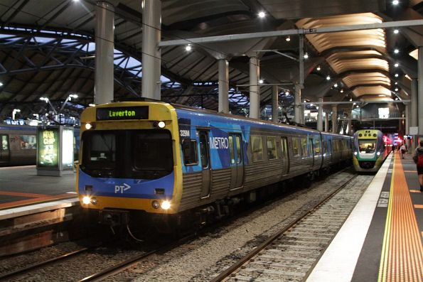 Comeng 329M departs Southern Cross on a down Laverton service