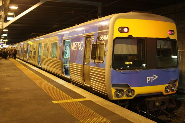 Alstom Comeng 564M on arrival at Flinders Street platform 12