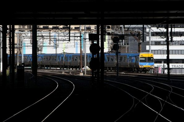 Comeng train arrives into Southern Cross Station