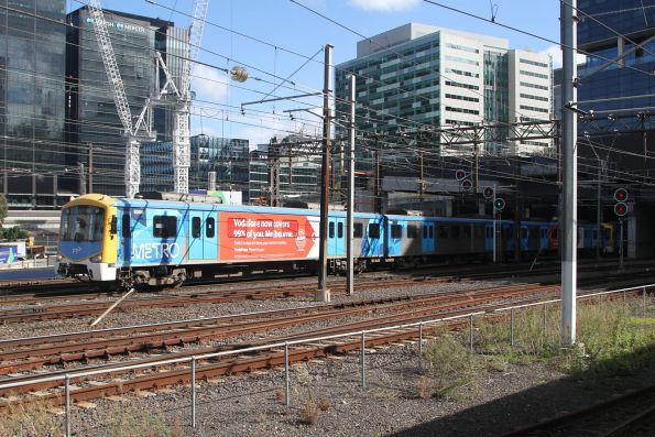 Siemens 835M departs Southern Cross Station