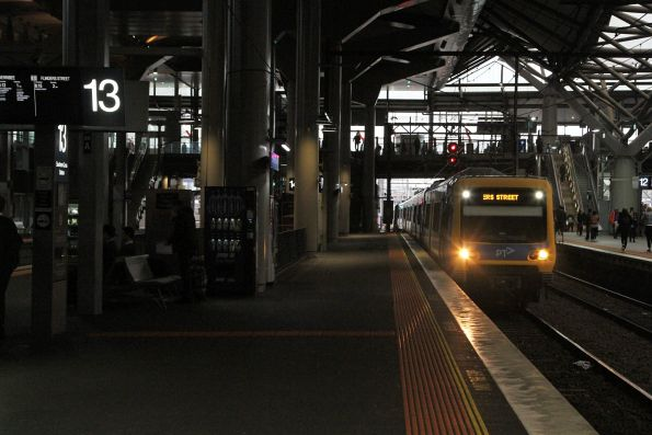 X'Trapolis train arrives into Southern Cross on an up Werribee service
