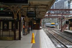 Alstom Comeng train approaches Flinders Street platform 7