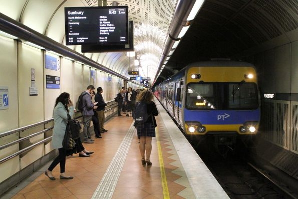 Alstom Comeng train arrives into Flagstaff station on a down Sunbury service