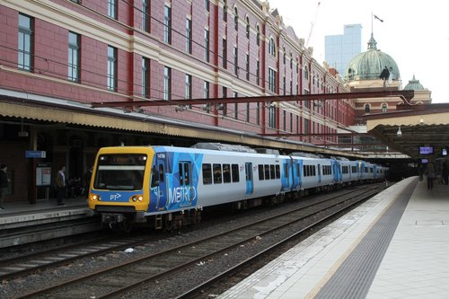 X'Trapolis 147M arrives into Flinders Street platform 1