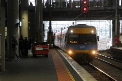 Alstom Comeng arrives into Southern Cross platform 13