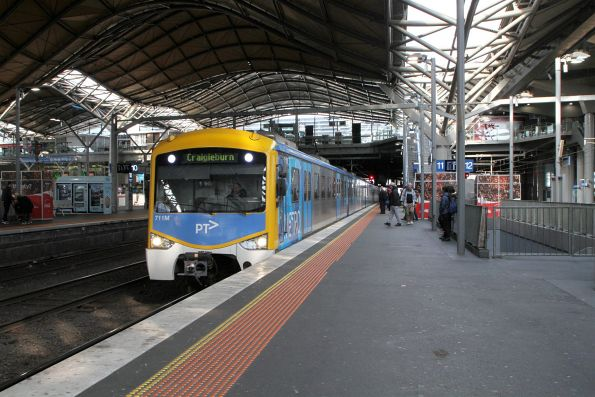 Siemens 711M arrives into Southern Cross on a down Craigieburn service