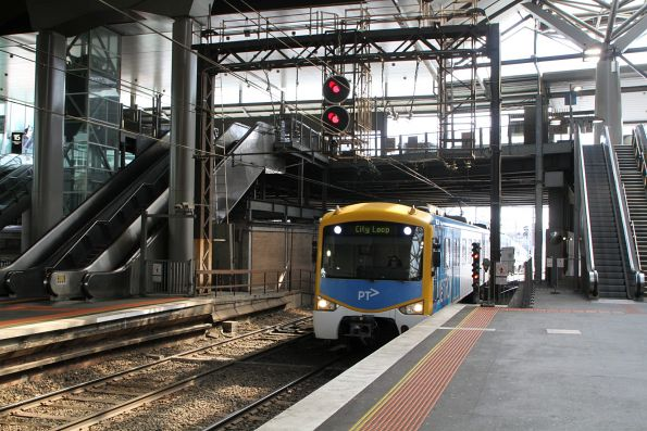 Siemens train arrives into Southern Cross from the Caulfield loop