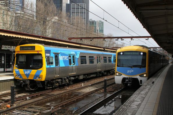 Life extension EDI Comeng 356M and a Siemens train at Flinders Street Station