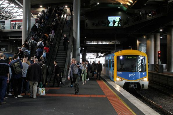 Siemens 760M arrives into Southern Cross Station on a down Laverton service