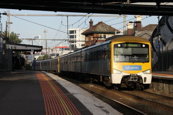 Down Siemens arrives into Footscray