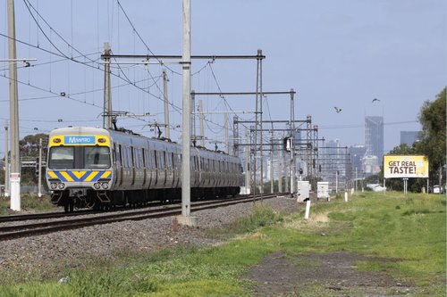 City bound train departs Tottenham