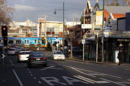 Metro liveried Comeng at Kensington