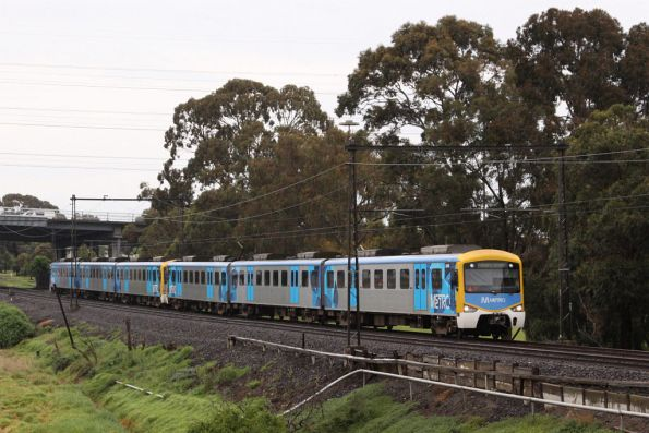 Siemens 830M on the up at Yarraville