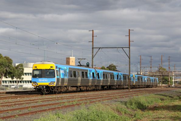 Alstom Comeng 640M on the down at Sunshine