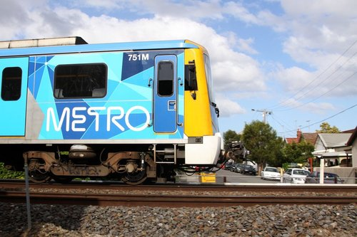 Siemens 751M taking the side streets, departing Yarraville