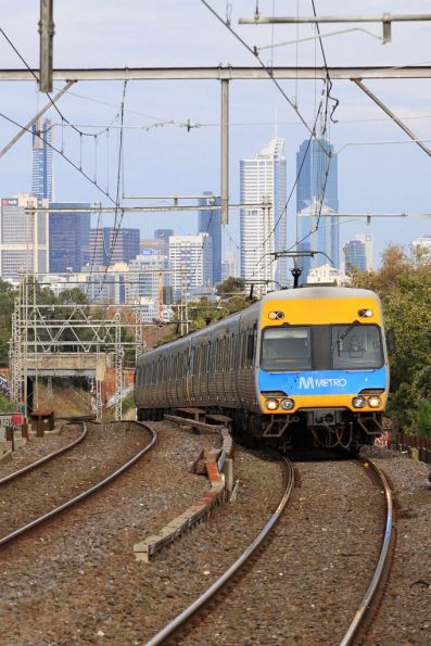 Alstom Comeng on the down at Ascot Vale