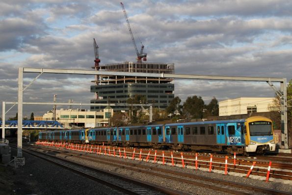 Siemens 725M on the up at Footscray