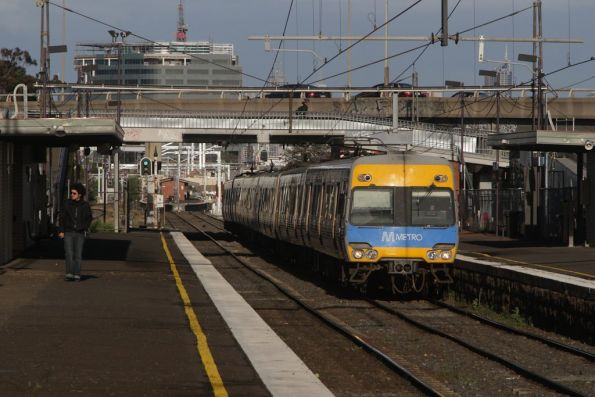 Alstom Comeng on the down at West Footscray