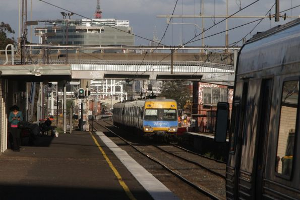 Pair of Alstom Comengs meet at West Footscray