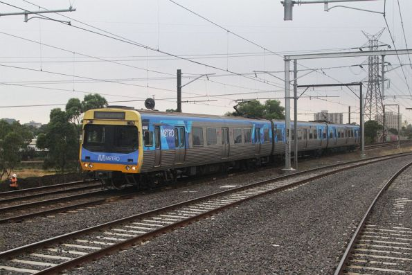 3-car EDI Comeng operates a test train for the new Sunbury line tracks through Footscray
