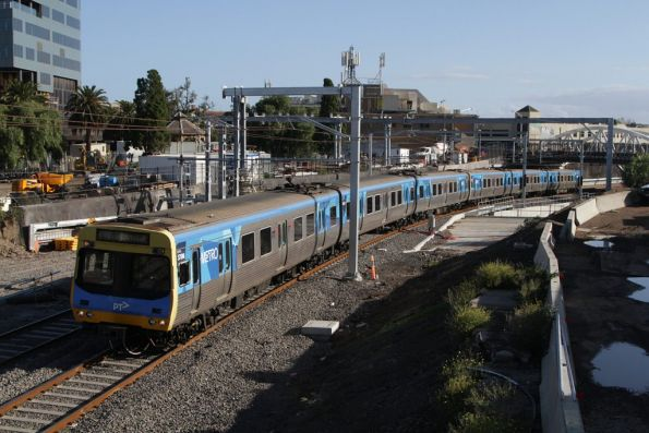 EDI Comeng on an up Sunbury service arrives into Footscray station