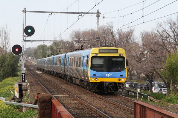 EDI Comeng on a down Broadmeadows service arrives into Newmarket station