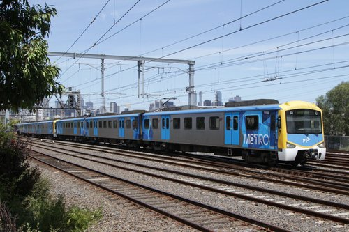 Siemens 729M approaches South Kensington on a down Werribee service