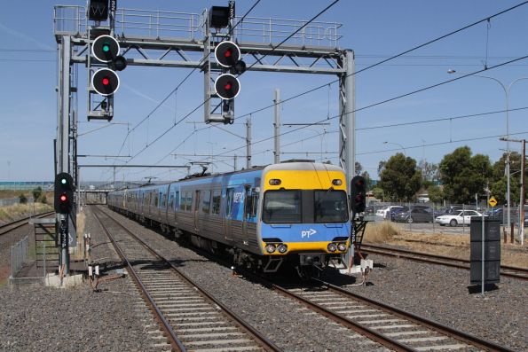 Alstom Comeng 420M arrives into Laverton on a down Werribee service
