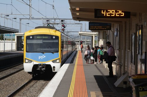 Siemens train on a down Werribee service arrives into Laverton