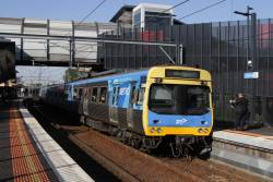 EDI Comeng 356M arrives into Footscray on a down Werribee service