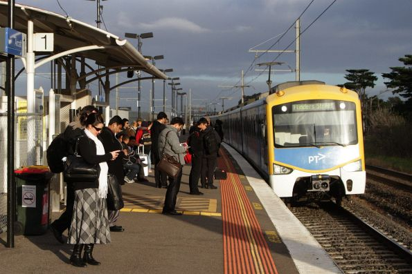 Siemens train arrives into Aircraft station on an up Werribee service