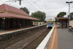 Siemens train arrives into Ascot Vale on the down