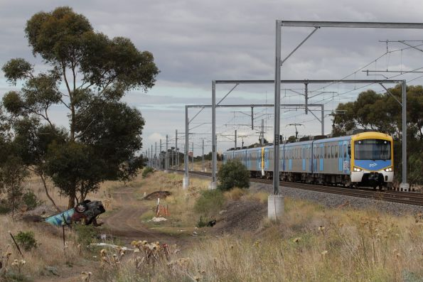 Siemens train on a down Sunbury service at Calder Park