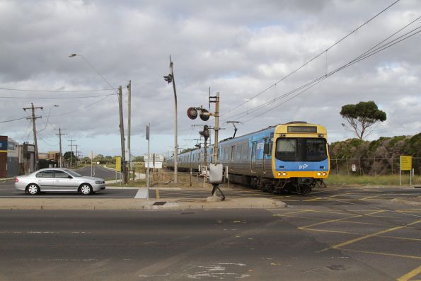 EDI Comeng leads an up Werribee service via the Altona loop at Kororoit Creek Road