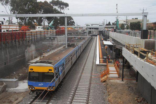 Citybound train arrives at the new low level Ginifer station