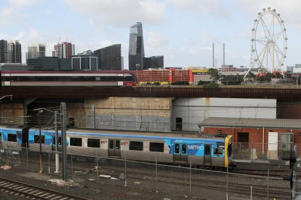 EDI Comeng 485M arrives at Melbourne Yard