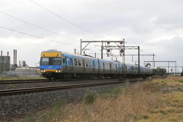 Alstom Comeng on the up at Altona Junction