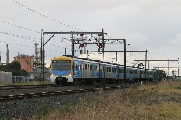 Siemens train on the up at Altona Junction