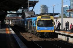 EDI Comeng arrives into North Melbourne with a down Williamstown service