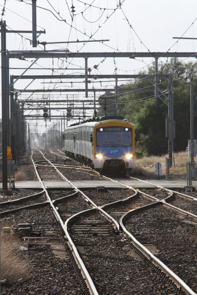 Siemens train arrives into Werribee station on the down