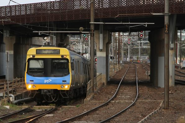 EDI Comeng exits the Northern Loop on a down Sunbury service at North Melbourne