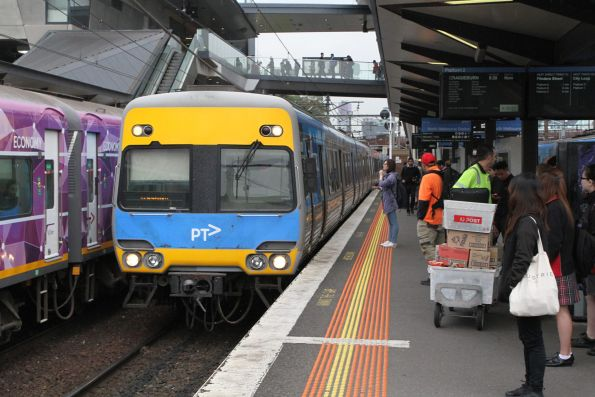Alstom Comeng train arrives into North Melbourne on a down Craigieburn service