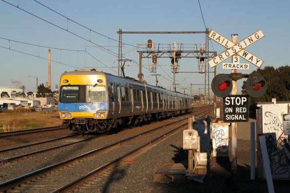 Alstom Comeng train on an up Werribee service at Newport South