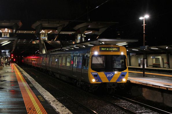 Life extension EDI Comeng 396M passes through North Melbourne on the down empty cars
