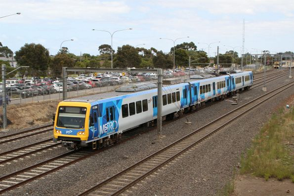 X'Trapolis 213M running solo at Laverton on the up