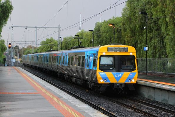Life extension EDI Comeng 431M arrives into Seddon on a down Werribee service