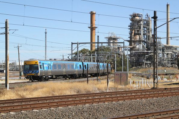 Alstom Comeng on a down Werribee service turns off towards Altona at Altona Junction