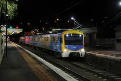 Siemens 769M terminates at Newport on an up Williamstown shuttle