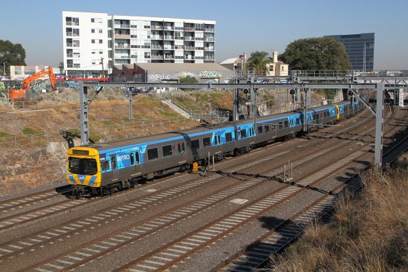 Life extension EDI Comeng 507M on an up Werribee service at Footscray